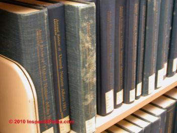 moldy_books_026_djfs